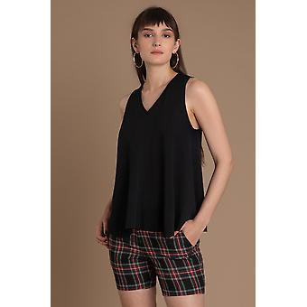 Lindsay Nicholas NY V Neck Sweater Black