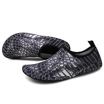 נעלי אקווה לבנים וגריסים, נעלי ספורט נעל שחייה