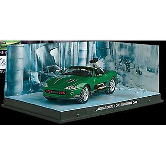 Jaguar XKR Diecast modell bil från James Bond Die Another Day