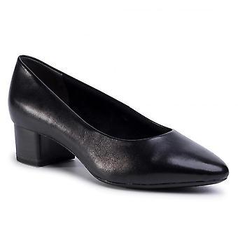 Scarpe con tacco basso nero