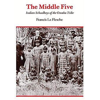 Le cinquième moyen: Des écoliers indiens de la tribu Omaha