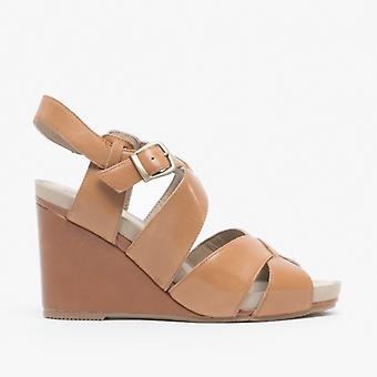 Hush Puppies Fintan Montie Ladies Leather Buckle Wedge Heeled Sandals Tan