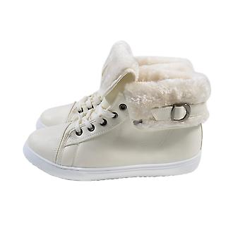 Womens Flat Faux Fur Lined Grip Sole Winter Ankle Boots (Size 4) - White