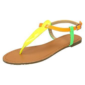 Naisten paikalla tasainen nilkka hihna Toepost sandaalit