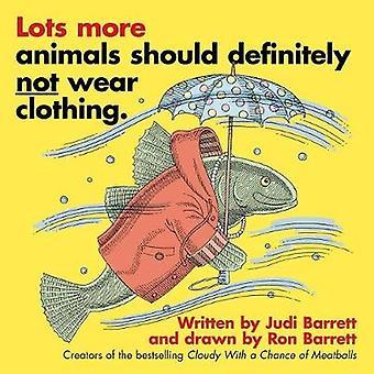 Wiele zwierząt więcej na pewno nie należy nosić odzież. przez Judi Barret