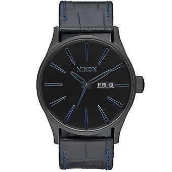 Reloj Nixon Men's Sentry Black Dial - A105-2153