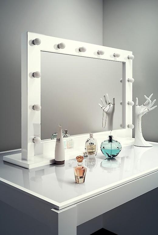Diamond X Gloss White Hollywood MakeupAudio Mirror with LED k313CWaud