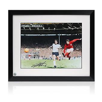 جيف هيرست وقعت انكلترا لكرة القدم الصورة : هاتريك الهدف. مؤطره