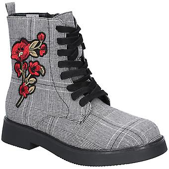 Rocket Dog Womens Jelina Embroidered Lace Zip Up Ankle Boots
