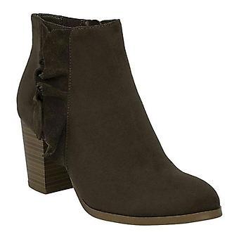 Fergalicious Womens Cashen Leather Almond Toe Ankle Fashion Boots