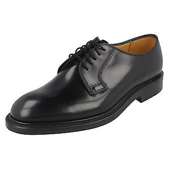 Pulido de hombre Loake zapatos formales de cuero 771B