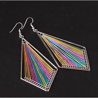 Pendiente hecho a mano con hilos de seda arco iris indio