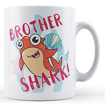 ¡Hermano tiburón! -Taza impresa