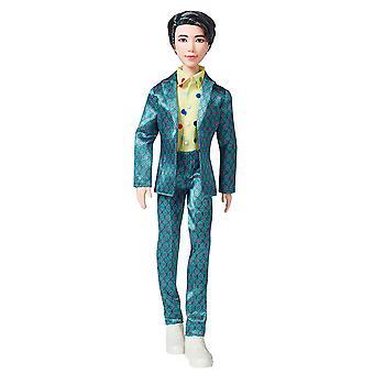 Mattel GKC90 BTS RM Idol Mote Dukke for Samlere 28 cm