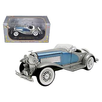 1935 Duesenberg Ssj Blue/Silver 1/32 Diecast Model Car By Signature Models