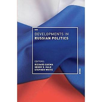 Ontwikkelingen in de Russische politiek 9 door Richard Sakwa - 9781478004806 B