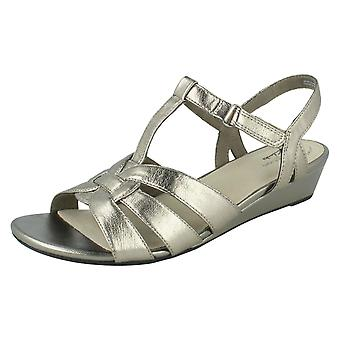 Ladies Clarks T-Bar Summer Sandals Abigail Daisy