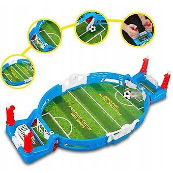 Sparing meczu piłki nożnej na stole