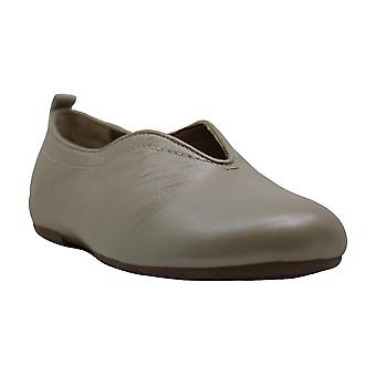 Lucca Lane Bayla Women's Flats & Oxfords