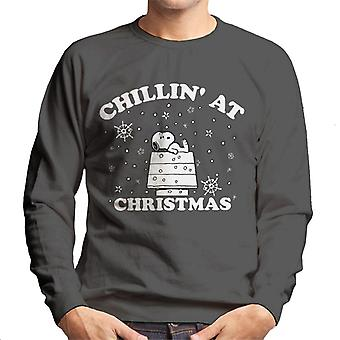 Peanuts Chillin At Christmas Snoopy Men's Sweatshirt