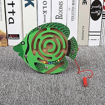 Brinquedos infantis Jogo de quebra-cabeça de labirinto de caneta magnética de madeira para estimular o cérebro-(peixe verde)