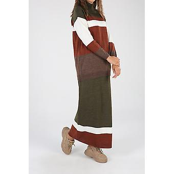 חליפת חיג'אב סריגים עם חצאית
