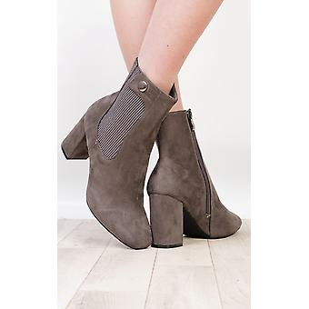 IKRUSH Womens Kalo Faux Suede Heeled Boots