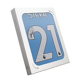 David Silva Signerte Manchester City 2019-20 Hjemmedrakt. I gaveeske