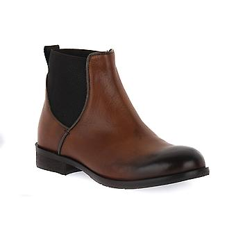 Exton soft leather shoes