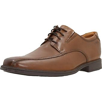 Clarks Informal Tilden Walk Color Darktan