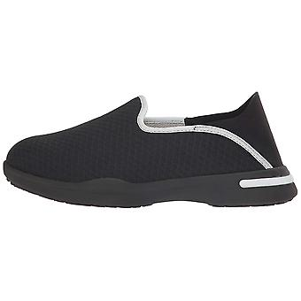 SoftWalk Womens Simba Low Top Slip On Fashion Sneakers