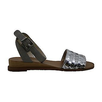 Kenneth Cole New York Womens Jinny Fabric Peep Toe Bridal Slingback Sandals