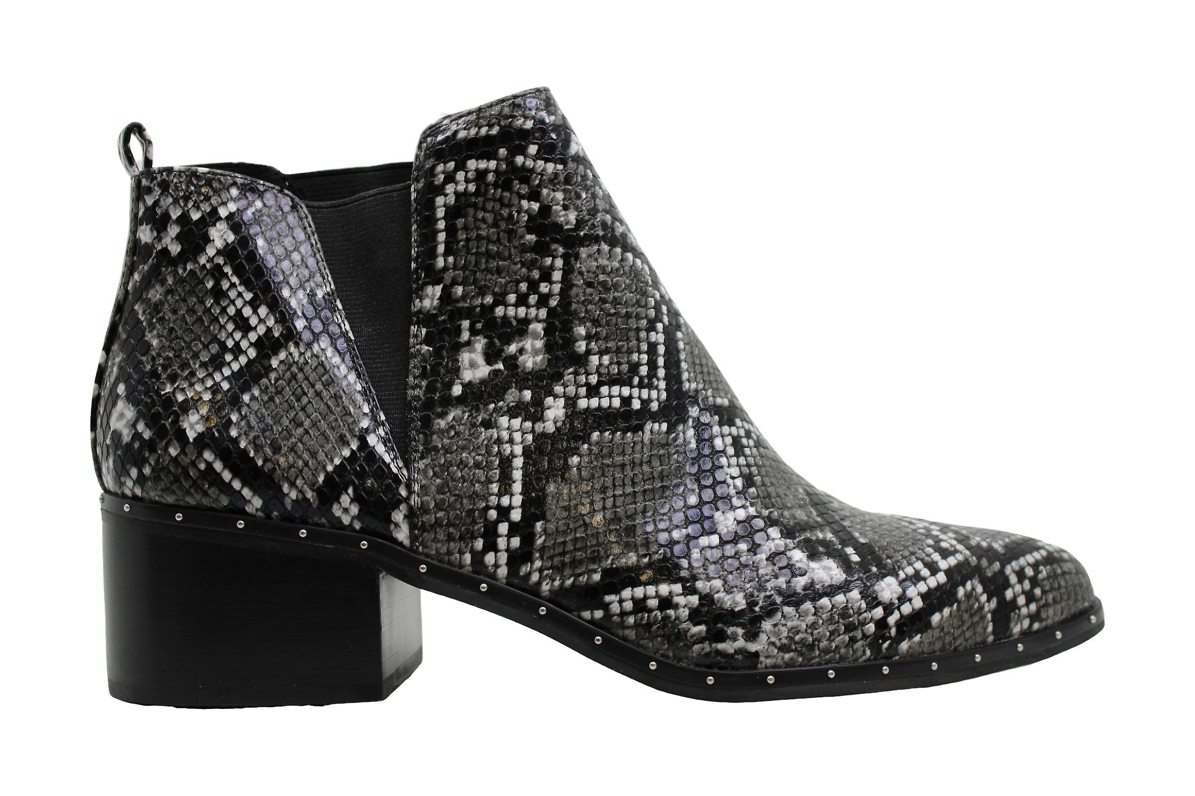 Bar III Femmes Gabby Cuir Fermé Toe Ankle Fashion Boots