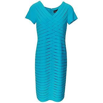 Robe plissée à manches courtes bleues de Frank Lyman