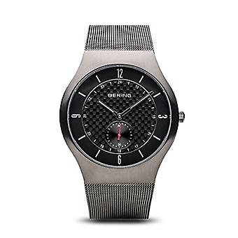 Bering Analog quartz men with stainless steel strap 11940-377