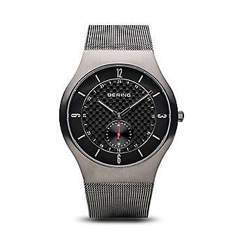 Bering Analog Quarz Männer mit Edelstahl Armband 11940-377