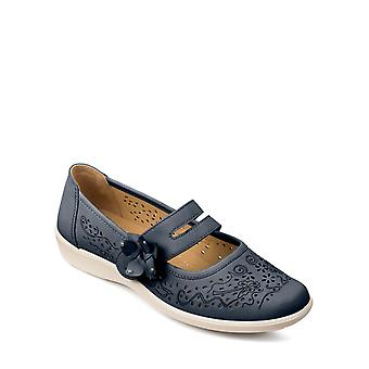Chums Ladies Touch Fasten Strap Shoe Wide Fit