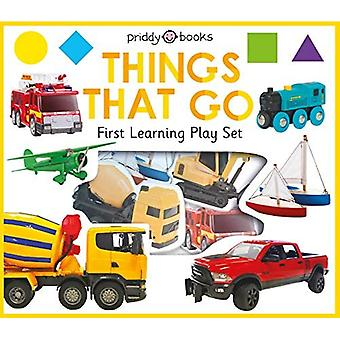 First Learning Things That Go Play Set [Board book]