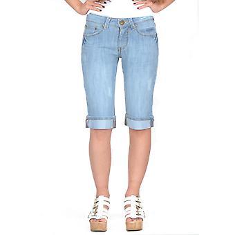 Pantalones cortos de mezclilla largos y afligidos - azul claro