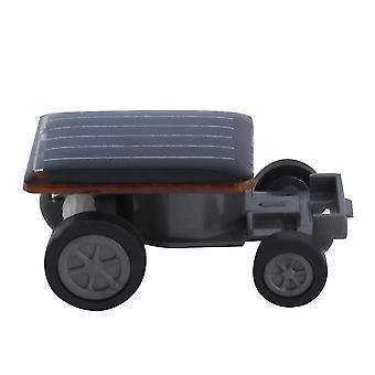 Kreativ soldriven minidrivna bil för barn leksaker närvarande