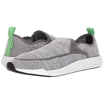 Sanuk Mens Chiba Quest Low Top Pull On Fashion Sneakers