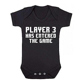 Joueur 3 est entré dans le jeu à manches courtes babygrow