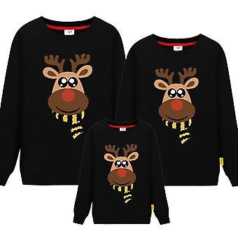 T-shirt natalizie in famiglia, padre madre figlia figlio maglione