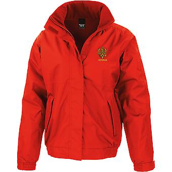 14.20th Kings Hussars veteran-licensierade brittiska armén broderade vattentät jacka med fleece Inner