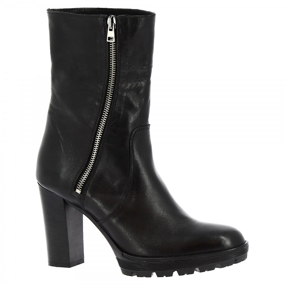 Leonardo Shoes Women's handmade heels mid calf boots black calf leather side zip BEyTE