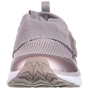 حذاء رياضي بطبعة لايت فورم للنساء البذيء وحذاء رياضي