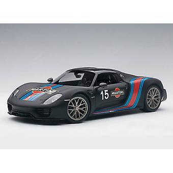Porsche 918 Spyder Weissach Package (2013) Composite Model Car