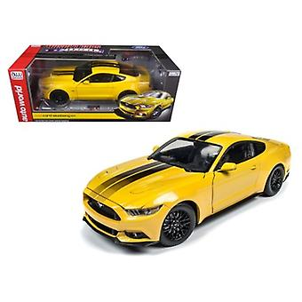 2016 Ford Mustang Gt 5.0 Yellow Limited Edition bis 1002pcs 1/18 Diecast Modellauto von Autoworld
