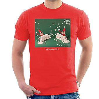 Elves Behavin' Badly Snowball Fight Men's T-Shirt