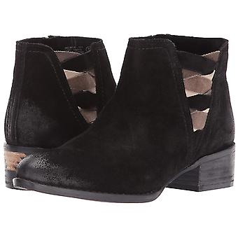 Naughty Monkey Women's The Bridge Ankle Bootie